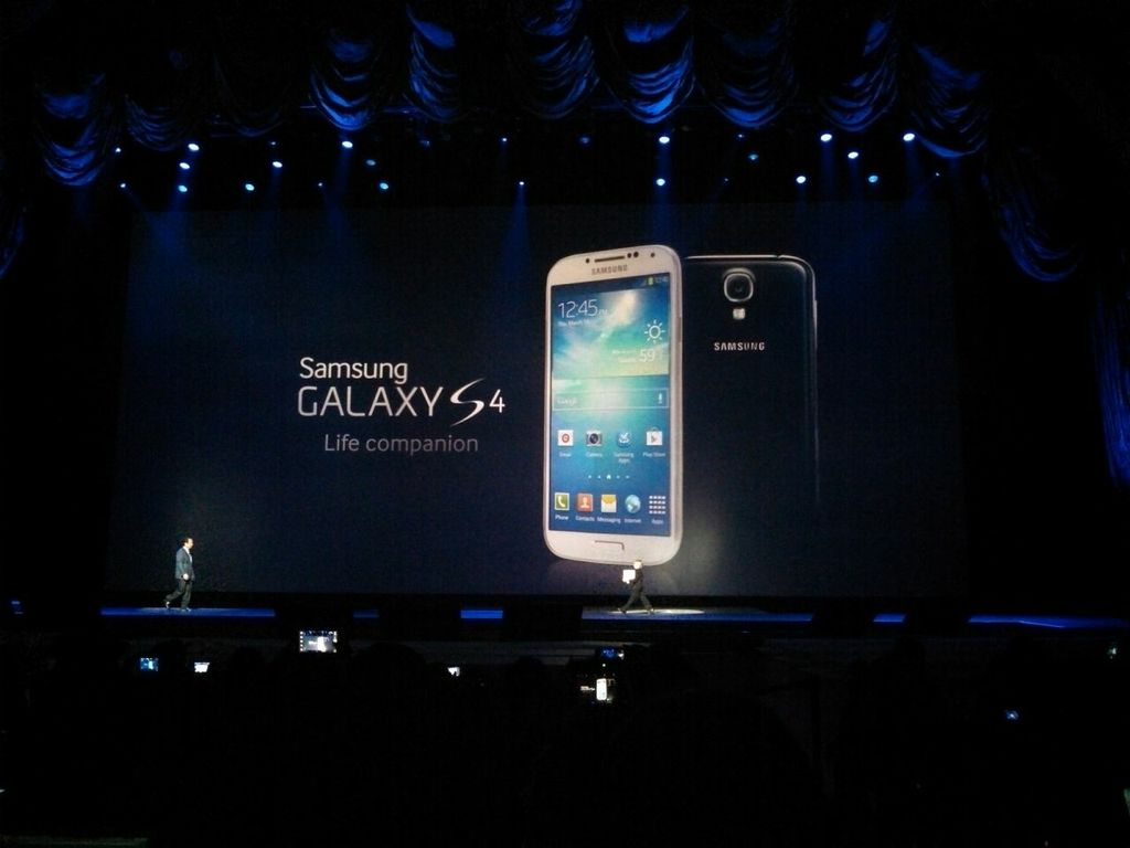 samsung-unpacked-2013-galaxy-s4-announce