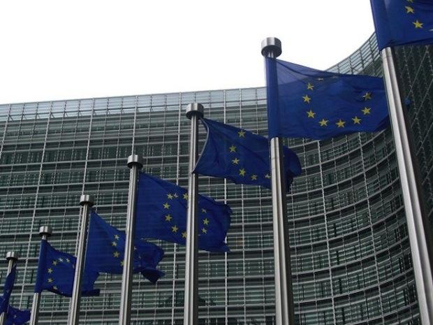29606_01_antitrust_allegations_against_google_in_the_eu_popup_android_takes_the_stand