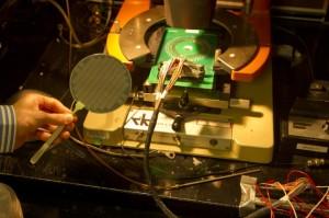 Stanford-scientists-produce-radical-carbon-nanotube-based-computer