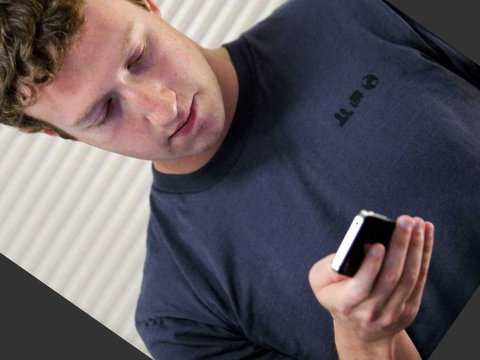 mark-zuckerberg-on-phone-2