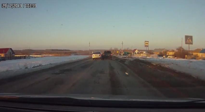 جراند ثيف أوتو فقط في روسيا: لعبة جراند ثيف أوتو ... على أرض الواقع! – فيديو
