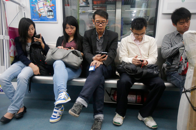 الصين تقطع خط كل من يستخدم الواتساب وتيليغرام