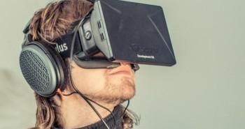 فيس بوك تطلق برنامج مكافآت الثغرات لجهاز الواقع الافتراضي Oculus Rift