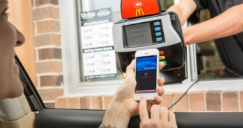 ماكدونالدز أوّل الداعمين لخدمة Apple Pay