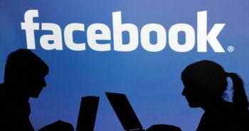 فيس بوك تتراجع وتسمح بالأسماء المستعارة
