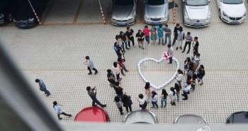 شاب صيني قدم 99 آيفون 6 هدية الخطوبة لصديقته .. لكنها رفضته !