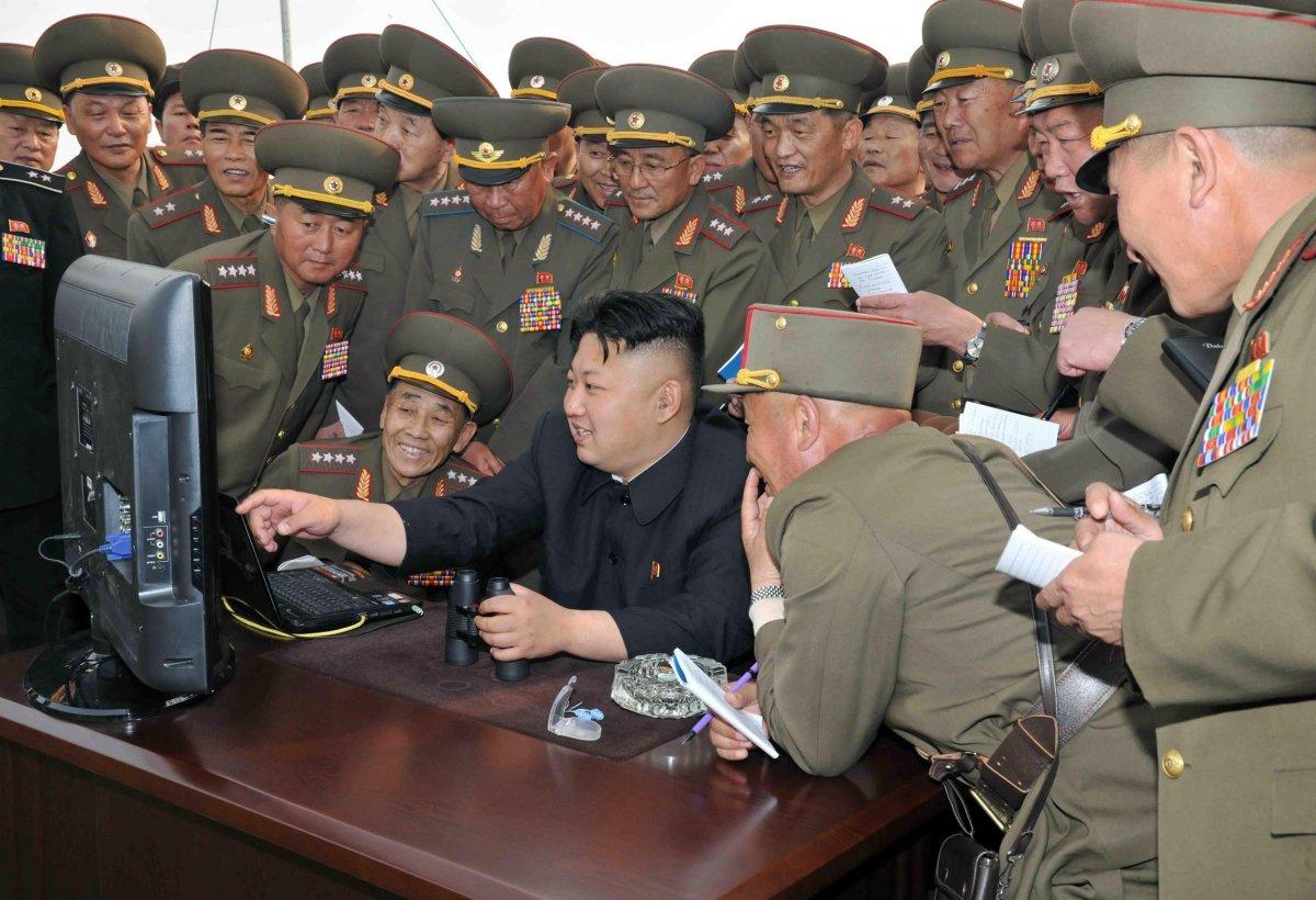 حسناً لم تكن كوريا الشمالية السبّاقة في اختراق أنظمة وشبكات شركات أمريكية،  حيث كشفت صحيفة نيويورك تايمز أن وكالة الأمن القومي الأمريكية بدأت بالتجسس  على ...