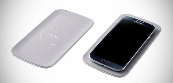 Samsung-GALAXY-S4-Wireless-Charging-Kit