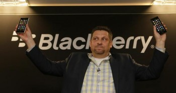 MWC 2015 : بلاك بيري تكشف عن هاتف BlackBerry Leap بمواصفات متوسطة