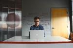 دور المنصات في تسهيل العمل الحر عبر الانترنت
