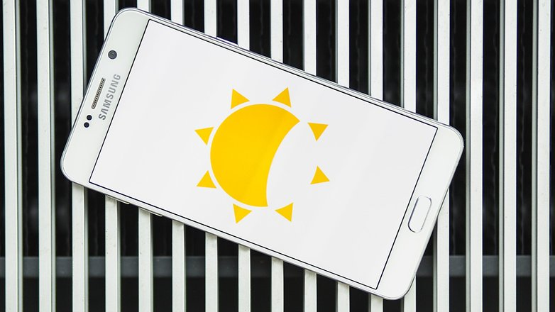 كيفية جعل شاشة هاتفك الأندرويد أكثر قتامة ولماذا يجب عليك فعل ذلك
