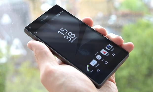 سوني تعترف بمشكلة استجابة الشاشة في Xperia Z5 Compact وتعد بالحل
