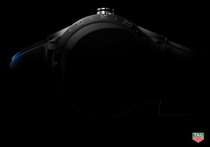 ساعة تاج هوير الذكية قادمة بسعر 1500 دولار
