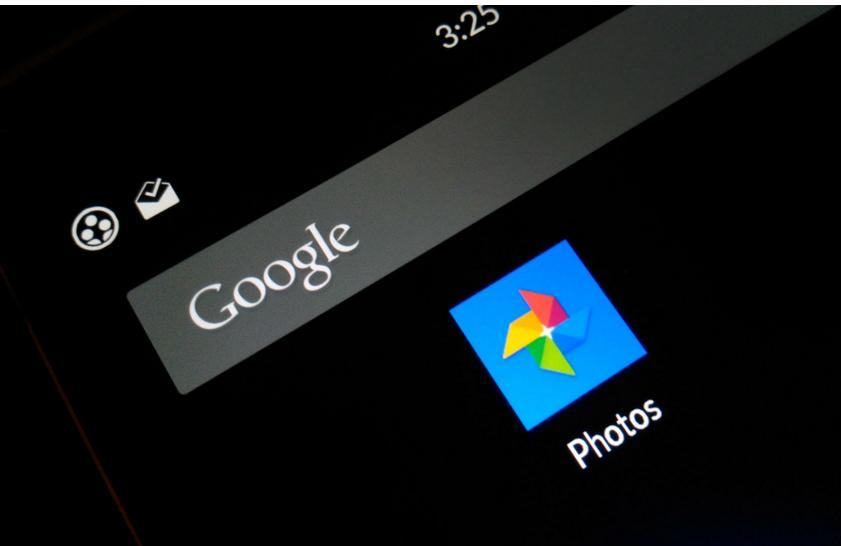 Google Photos على أندرويد يسمح الآن بحذف الصور مع حفظها سحابيا