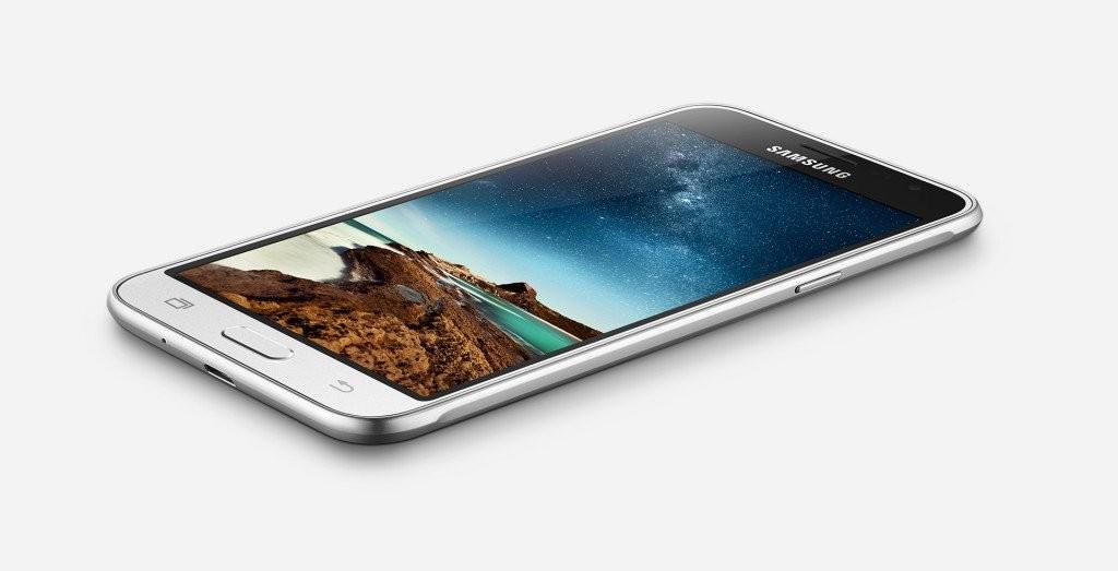 سامسونج تكشف عن هاتف Galaxy J3