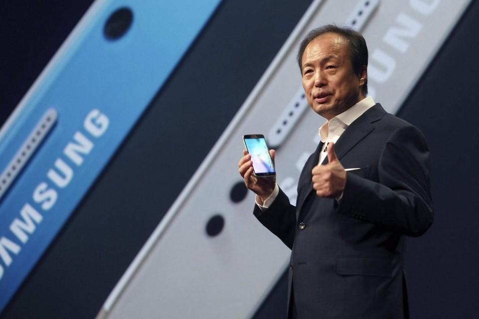سامسونج تعين رئيسا جديدا لقسم الهواتف بدلا من JK Shin