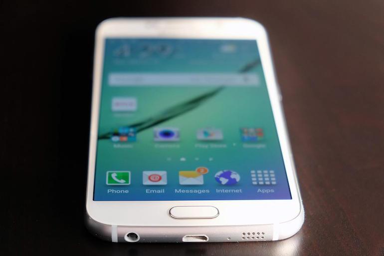 Samsung Galaxy S6 سيحصل على أندرويد نوجا قريبًا