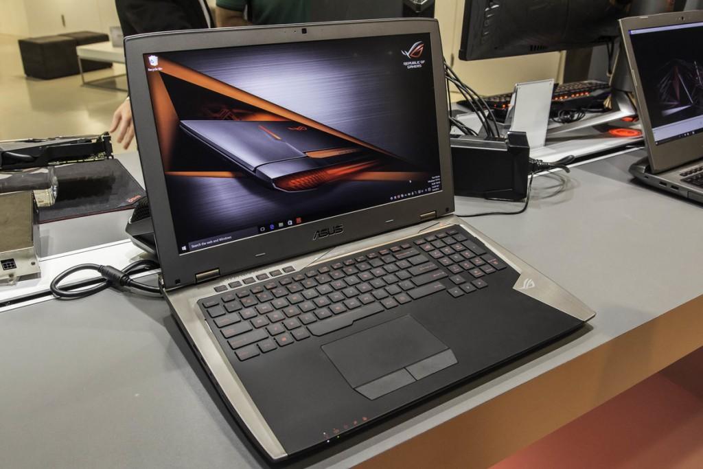 ROG GX700