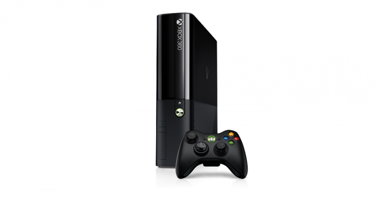 Xbox360_Console_controller_RHS_34_rgb_Launch2013-No-Kinect-768x399