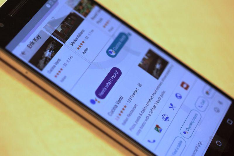 الخبير الأمني إدوارد سنودن يُحذّر مرة أخرى من إستخدام تطبيق Google Allo