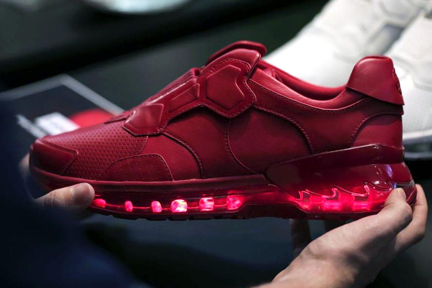 lenovo-smart-shoe-00