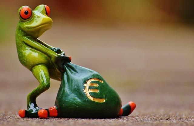 خمس مستويات رئيسية لكسب المال عن طريق الإنترنت