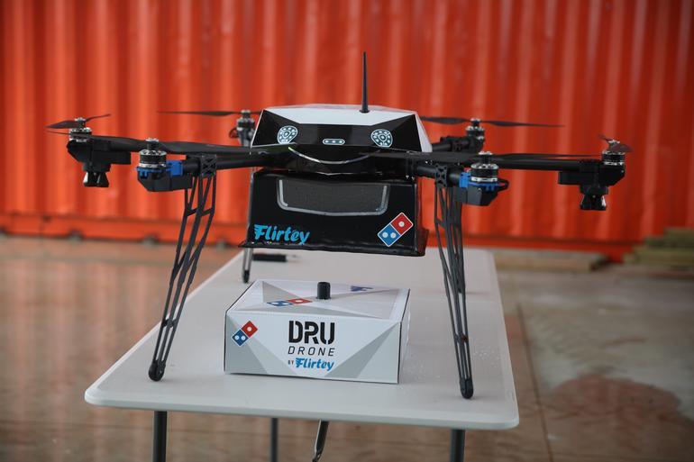 dru-drone-dominos