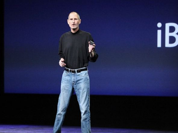 heres-why-steve-jobs-wore-a-black-turtleneck-and-jeans-every-day