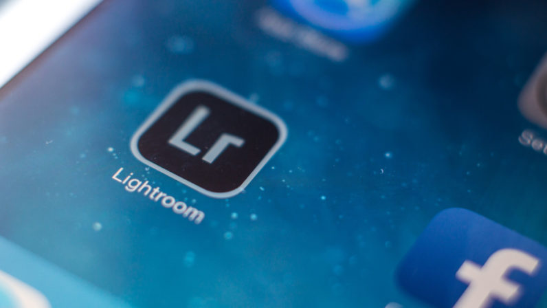 تطبيق Lightroom يدعم الآن خاصية التصوير الخام RAW على iOS
