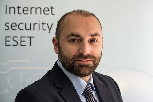 ديميتريس رايكوس، المدير العام لـ 'إسيت' الشرق الأوسط