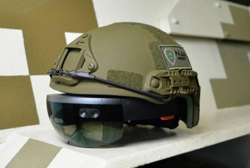 lipidarmor-hololens-helmet-810x544