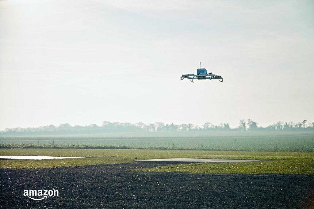 أمازون تعلن عن بدء تسليمها البضائع بالطائرات بدون طيار للجمهور في أمريكا