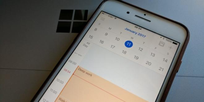 أوتلوك يدعم وضع ملء الشاشة على آيباد
