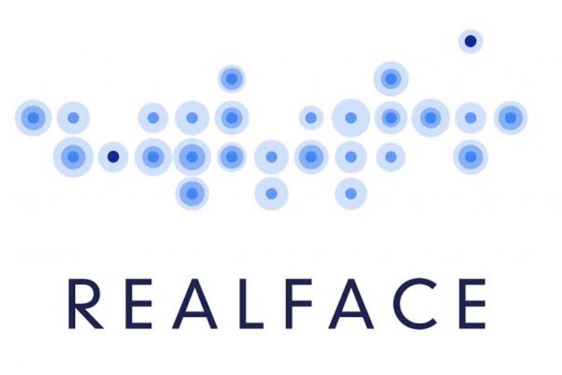 """أبل تستحوذ على شركة """"ريال فيس"""" المتخصصة في تقنيات التعرف على الوجه"""