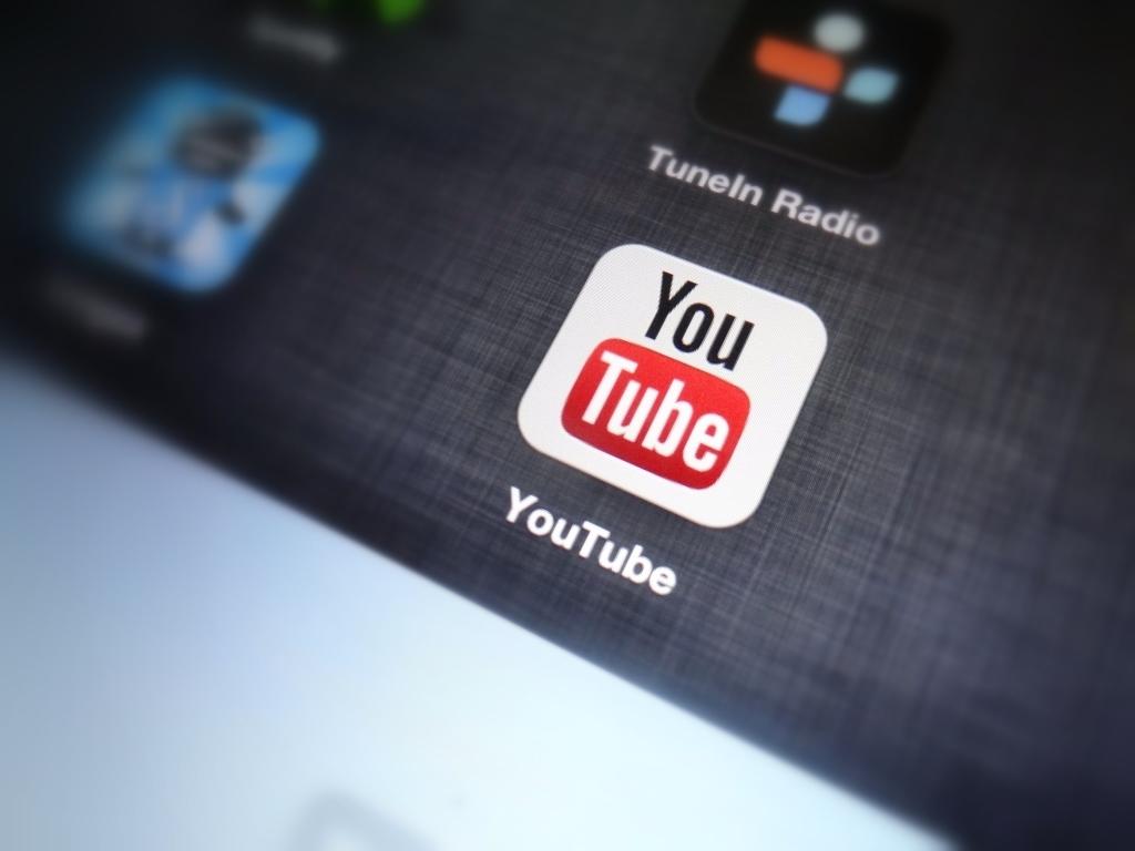 فيديوهات يوتيوب ستملئ كامل شاشة الهاتف بغضّ النظر عن طريقة تصويرها