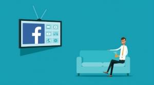 بعد سناب شات، هل تبدأ فيسبوك بالتشويش على نت فليكس Netflix ويوتيوب؟ Facebook-TV-couch-ar
