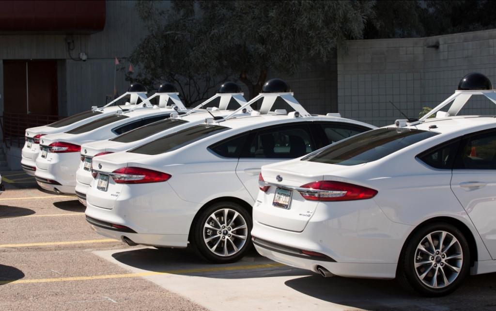 شراكة بين إنتل و كرايسلر و BMW لتطوير سيارات ذاتية القيادة