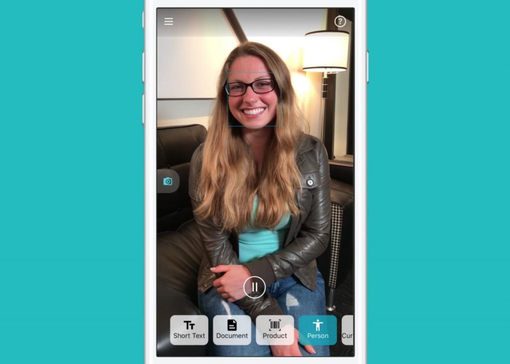 الذكاء الصُنعي من مايكروسوفت يمنح عينًا إلكترونية لفاقدي حاسّة البصر عبر تطبيق للأجهزة الذكية
