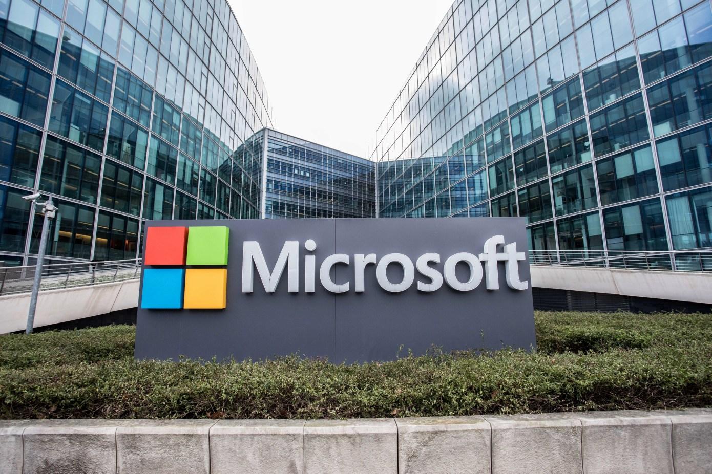 Microsoft Translator يُحسن الترجمة دون اتصال باستخدام الذكاء الاصطناعي