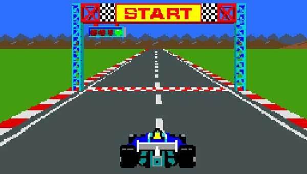 تسلا تضيف مجموعة من ألعاب أتاري الكلاسيكية إلى شاشة العرض في السيارة