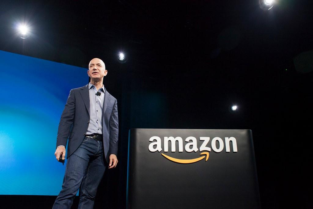 بقيمة سوقية 1$ تريليون أمازون تصبح ثاني أكبر شركة في الولايات المتحدة