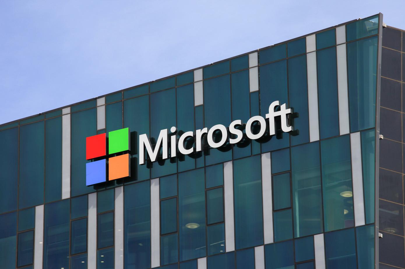 مايكروسوفت تطلق ثلاث تطبيقات ذكاء اصطناعي جديدة ضمن نظام Dynamics 365
