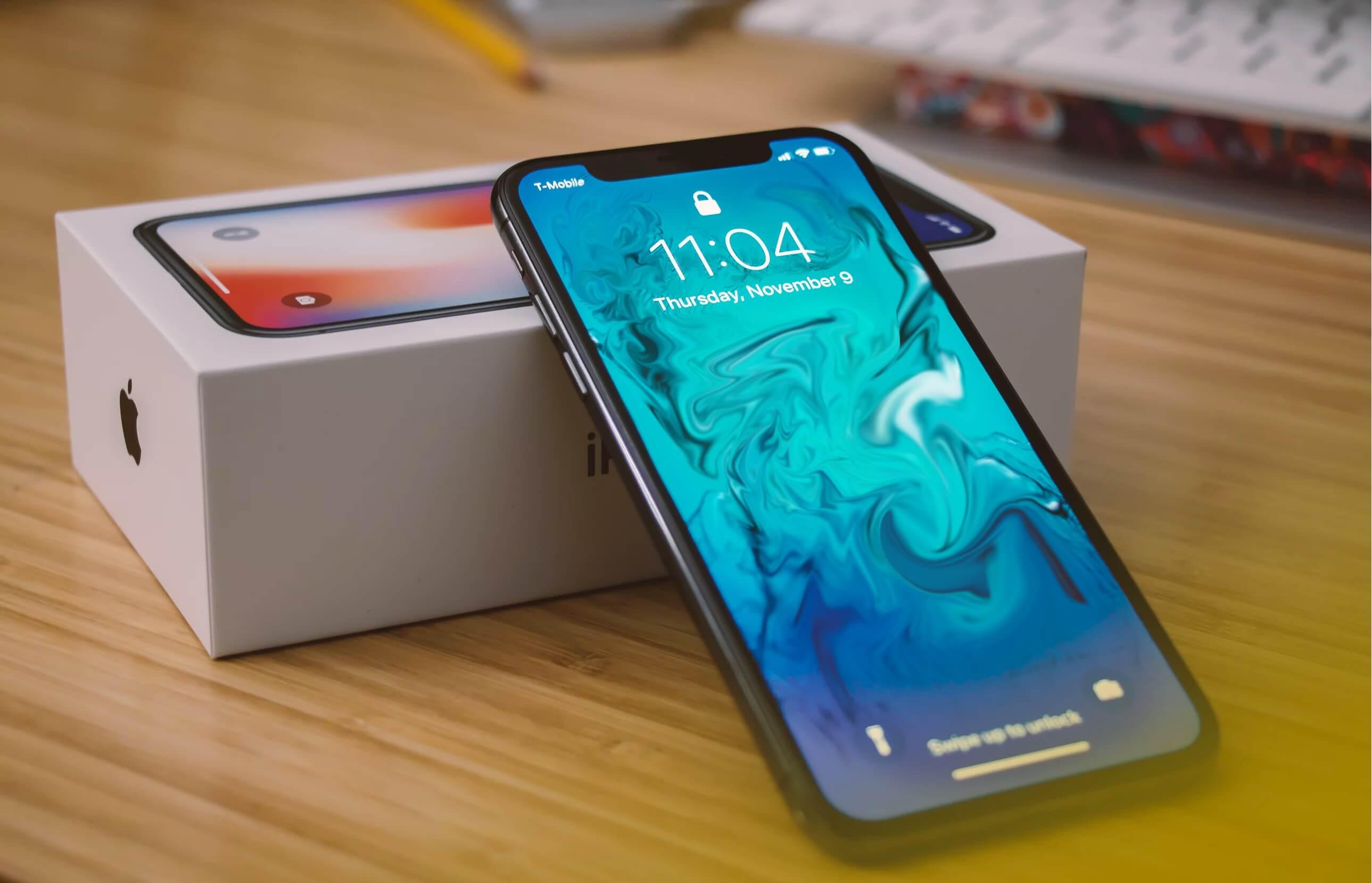 تقرير: آبل تعود لإنتاج آيفون X نظراً لضعف الطلب على آيفون XS وآيفون XS Max