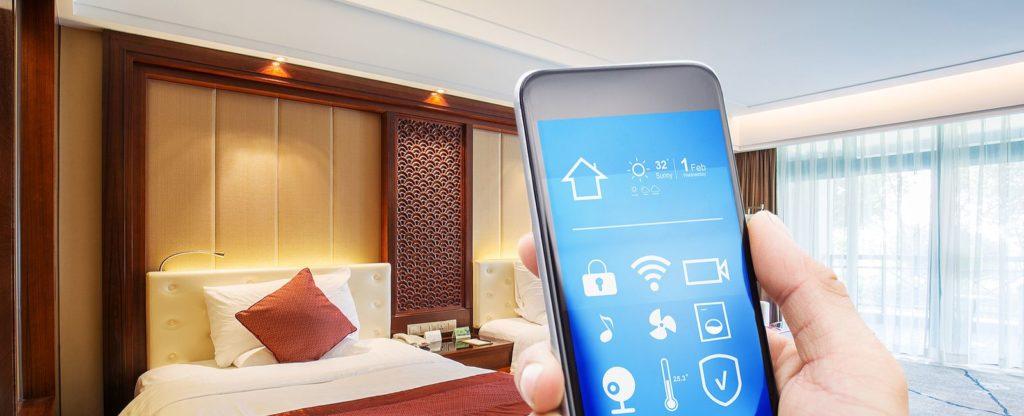 الفنادق الذكية؛ من حجز الغرف وحتى مغادرة المكان عبر الهواتف دون مساعدة بشرية