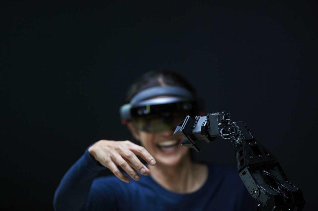 ما الذي يتوقع مُستخدمي التقنية رؤيته في عام ٢٠١٩ ؟