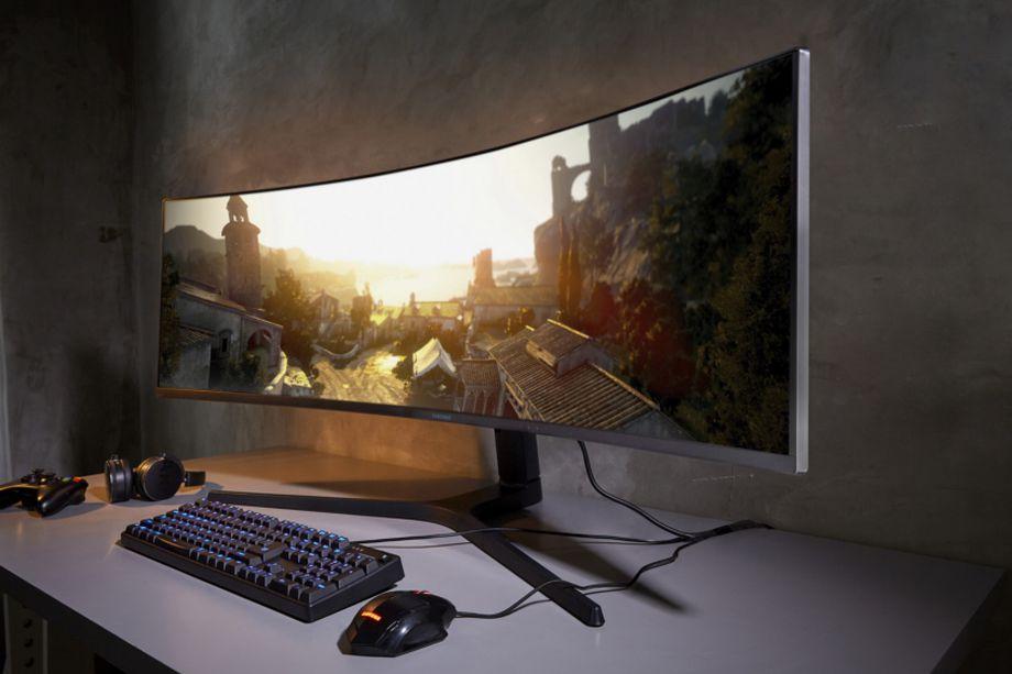 سامسونج تعلن عن نسختين من شاشاتها المنحنية بدقة QHD و4K UHD