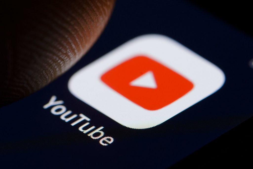 يوتيوب تختبر ميزة مقاطع الفيديو القصيرة لمنافسة تيك توك