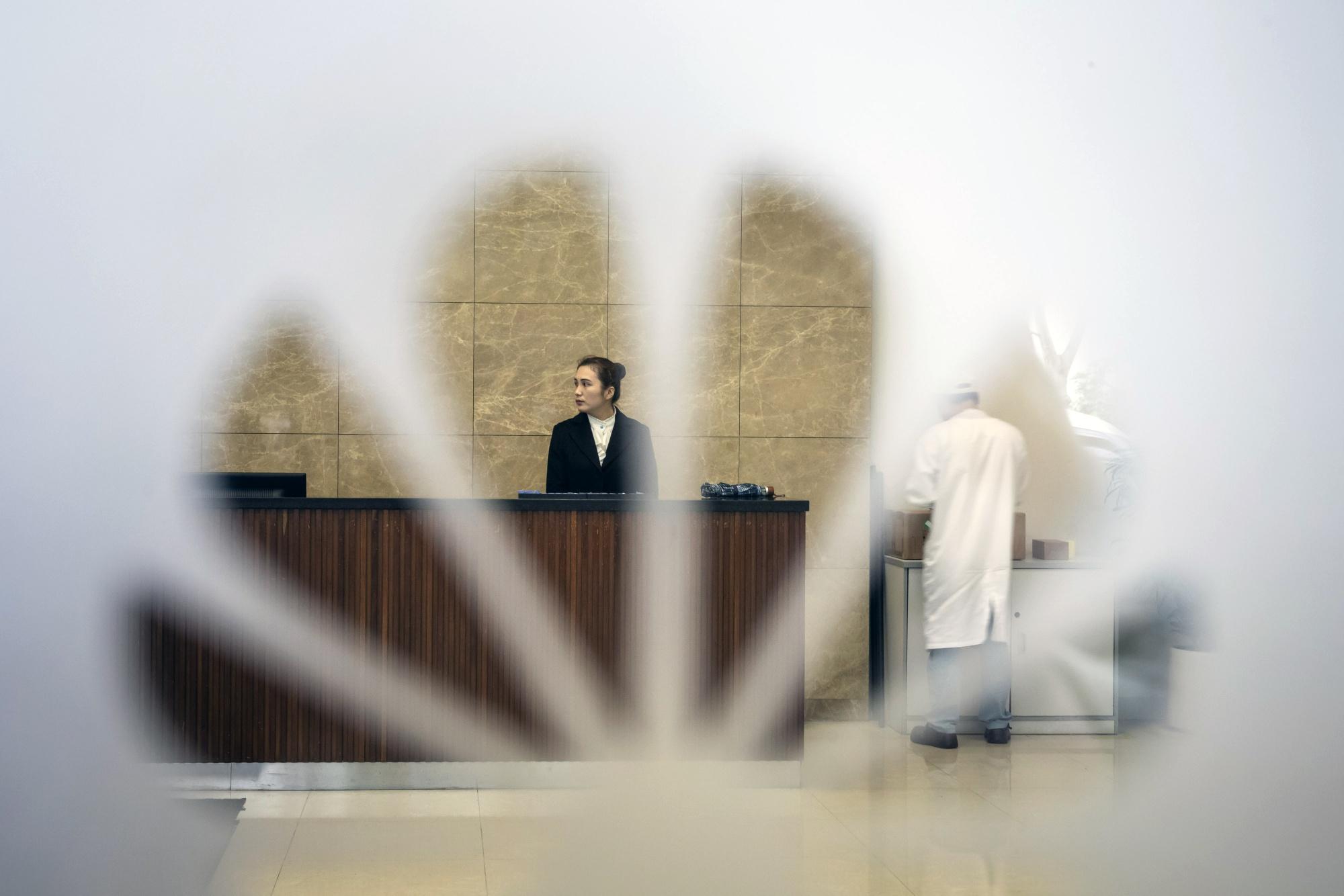 تقرير: فودافون إيطاليا عثرت على نوافد باك دور في معدات هواوي عام 2011