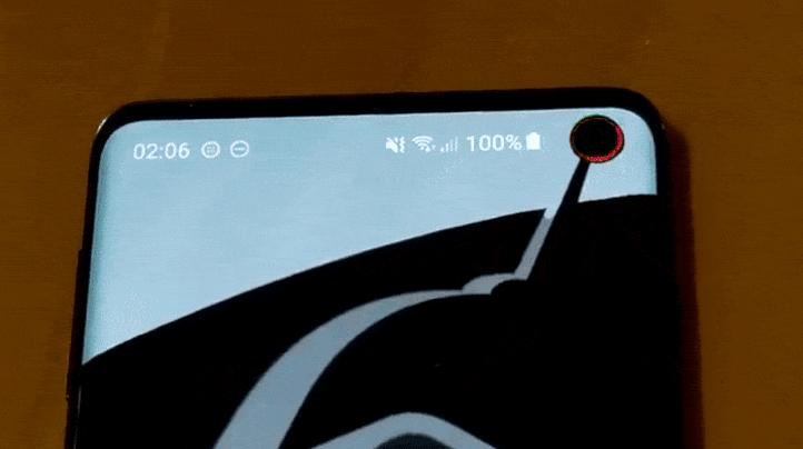 تطبيق Holey Light الجديد يُعيد ضوء الإشعارات لهاتف جالاكسي S10