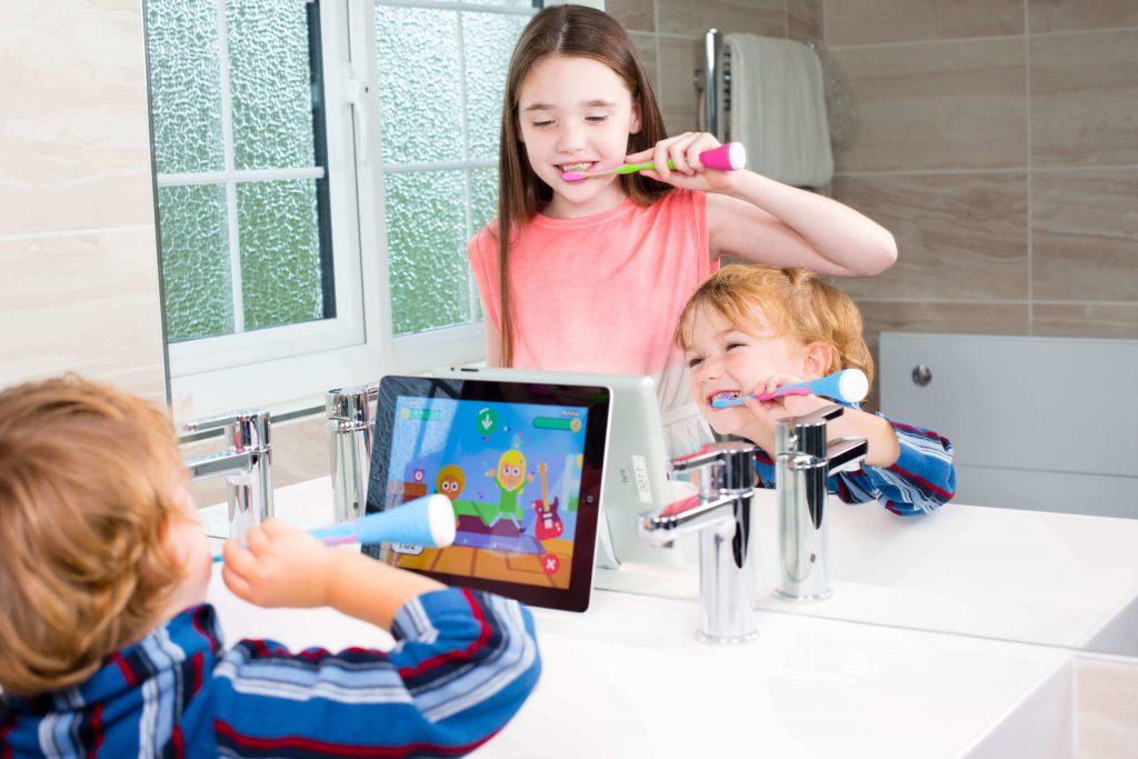 فرشاة الأسنان الكهربائية: إلى أي مدى وصلت ؟ وماذا يمكنها أن تضيف لك؟
